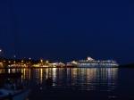 Auch Nachts wenden die Fähren hier zu 4. auf einmal. Echt beeindruckend.