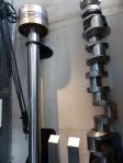 Bei modernen Motoren hat man sich dankenswerter Weise auf einen Zylinder und eine Nockenwelle beschränkt...;)