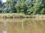 Der kleine Flusshafen ist so friedlich