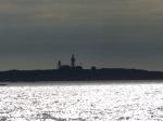 Der markante Leuchtturm Måseskär im Abendlicht.